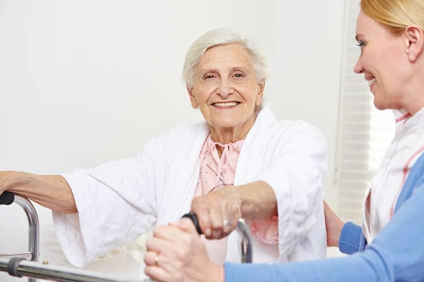 Comment améliorer l'habitat d'une personne âgée ?