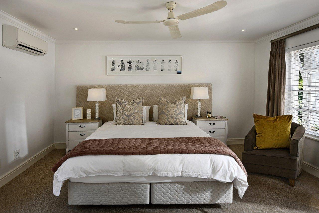 Comment bien choisir une tête de lit ?