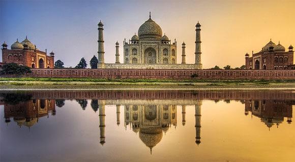 Les monuments célèbres à l'étranger